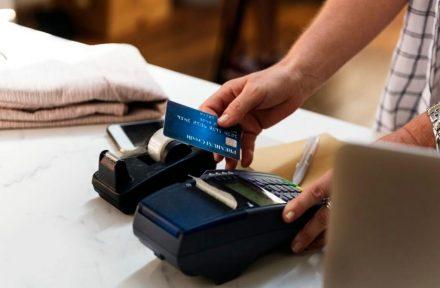 Danmark halter bagud, når det gælder kreditkortfordele